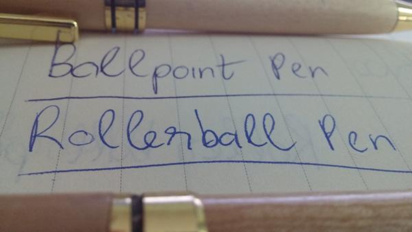 Nét chữ không đều và không liền mạch khi sử dụng bút gỗ ...