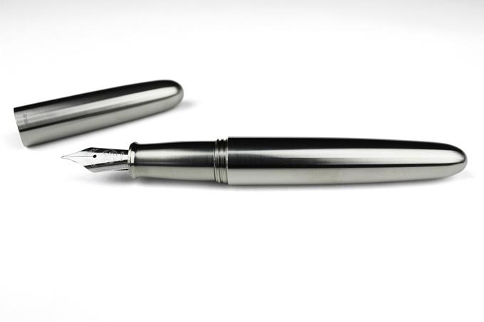 Phiên bản Bút máy Titanium