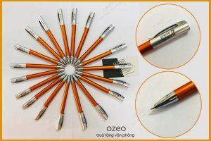 In bút bi nhựa quảng cáochi phí thấp